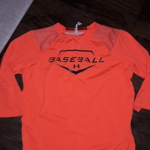 Boys sz L Under Armour baseball shirt